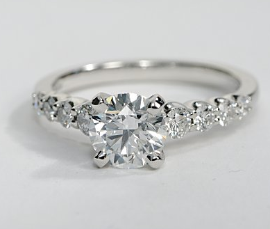 Graduated Side Stone Engagement Ring