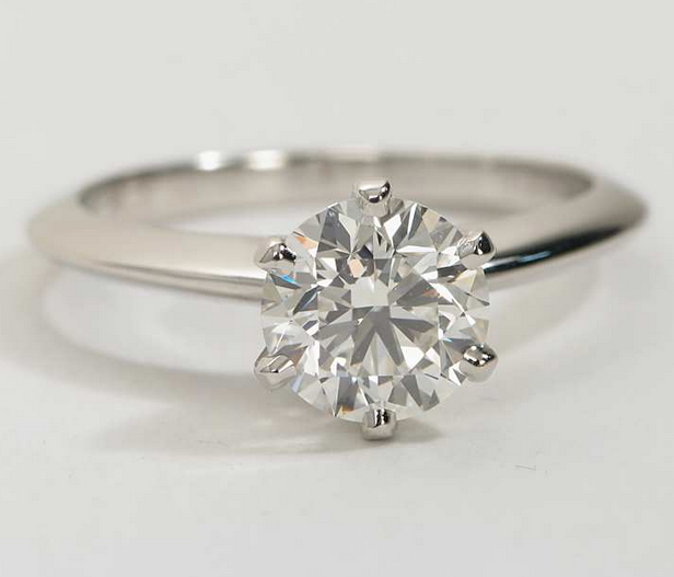 Knife Edge Solitaire Diamond Engagement Ring in Platinum